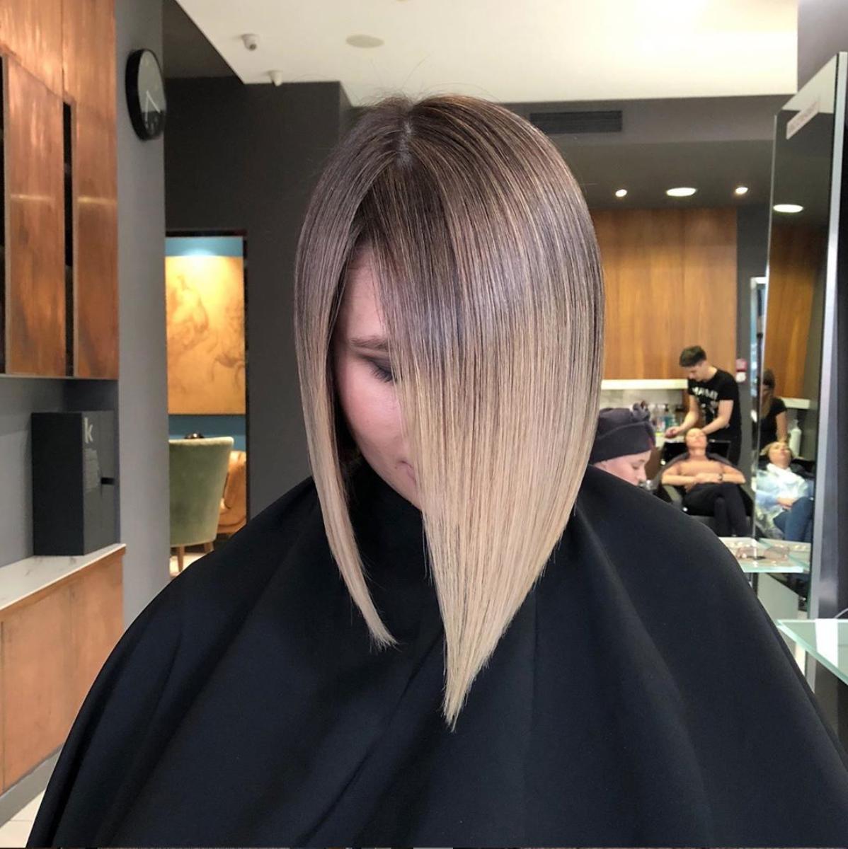 Técnica AirTouch en cabello corto y tonos avellana