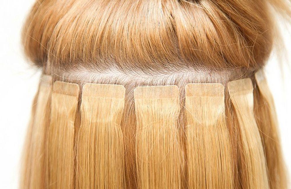 Colocación de las extensiones adhesivas Hair Sticker