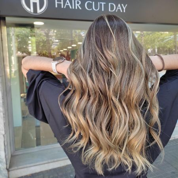 Peluqueria Barcelona - Extensiones de cabello natural ColdHair